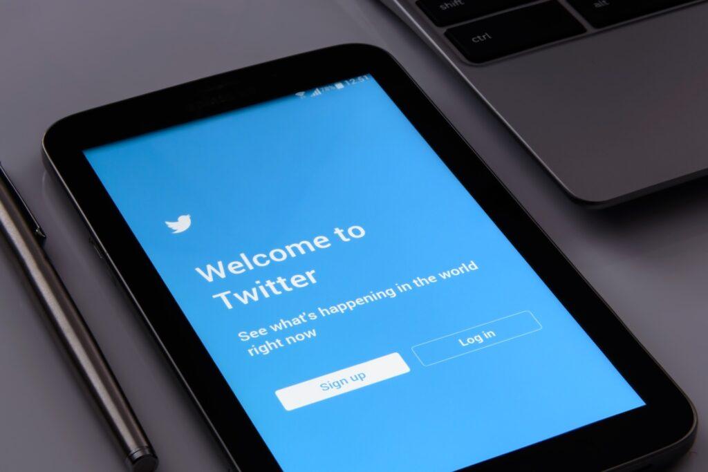 twitteren – dekenaat Genk